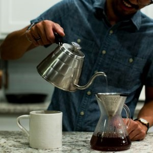 how to use pour over kettle