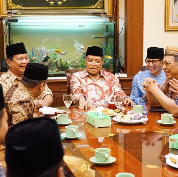 Prabowo-Sandi Ketemu PBNU, Netizen Singgung Kutu Loncat