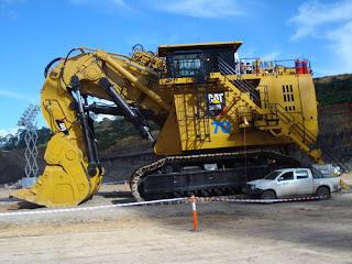 excavator terbesar di dunia