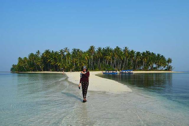 Pulau Mahitam Lampung