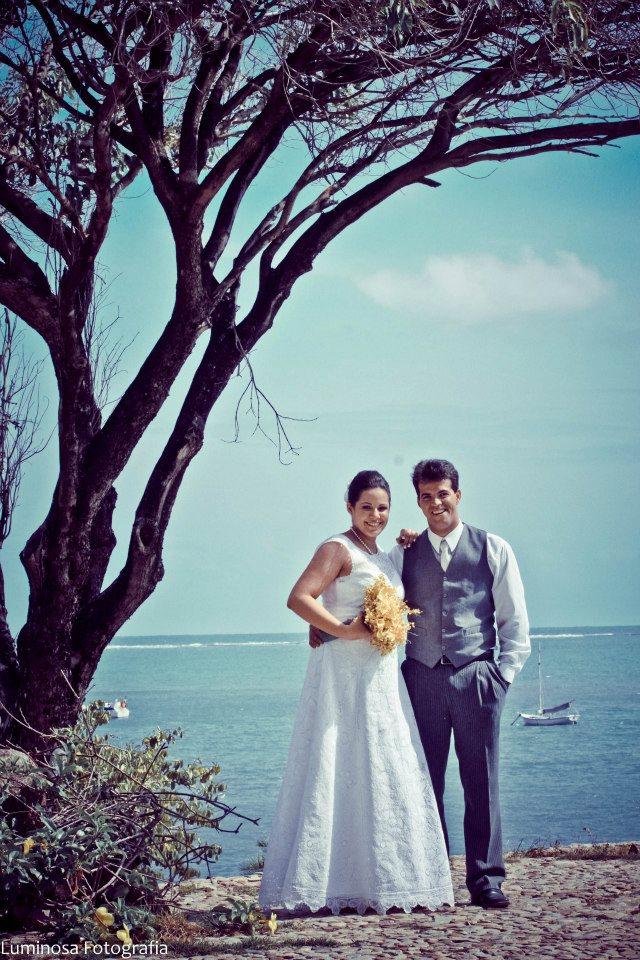 4a25f270c2dd9 Uniram-se em matrimônio no último domingo (09) os noivos Lethícia e  Gleidson em uma cerimônia rústica e vintage, com ar bem praiano.