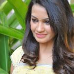 Deeksha Panth hot wallpapers