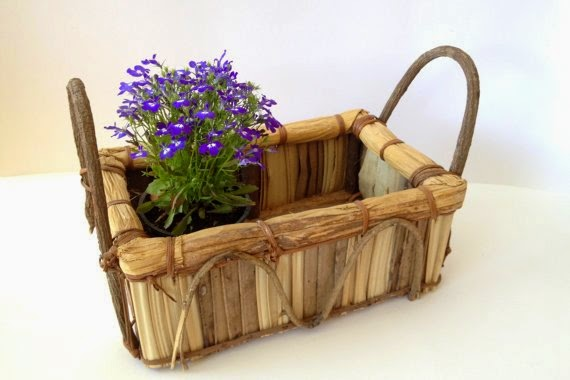 https://www.etsy.com/listing/192800865/natural-basket-from-wood-twigs-bark-with?ref=favs_view_8