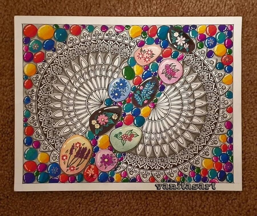 09-Pebbles-and-Circles-Vanita-Vaz-Mandala-and-Doodle-www-designstack-co