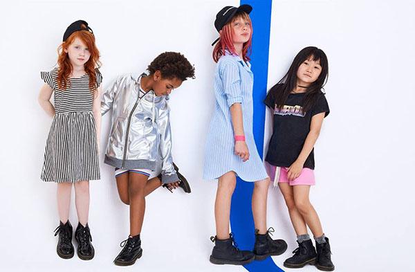MODA 2018: Mini Complot looks primavera verano 2018 ropa para niñas.