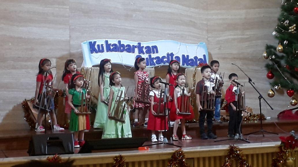 Ibadah dan Perayaan Natal TK Kristen Kalam Kudus Surakarta 2017