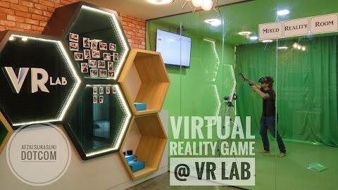 Keseronokan Bermain Virtual Reality Game di VR Lab