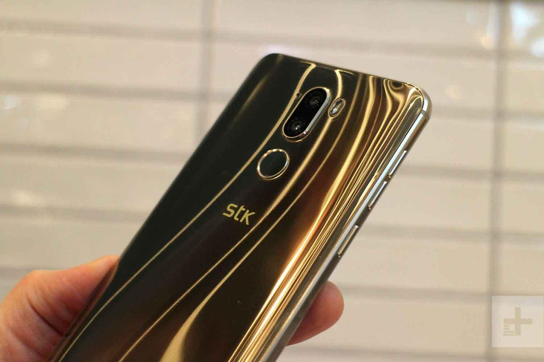 Smartphone STK X2 Ponsel Buatan Inggris Berfitur Canggih