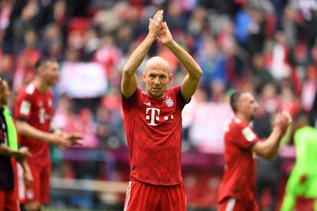 Arjen Robben cân nhắc nghiêm túc khả năng treo giày