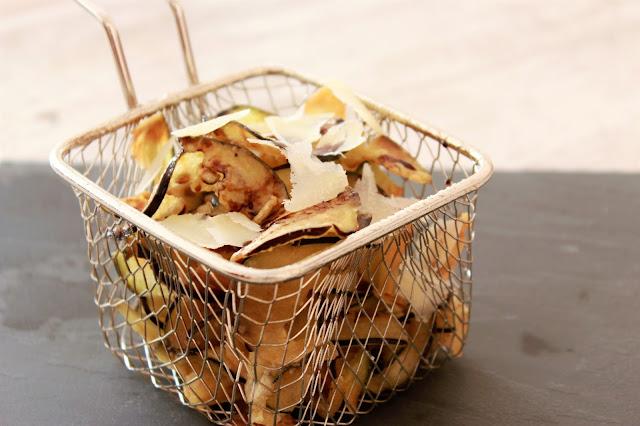 Receta de Chips de Berenjena con miel y queso parmesano