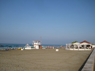 Ostia has a wide sandy beach, which makes it a popular destination for holiday-makers and day-trippers from Rome