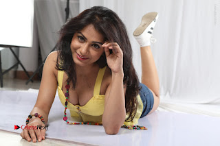 Actress Smitika Acharya Latest Pos from Ye Rojaithey Choosano  0005.JPG