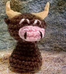 http://amigurumibypebie.blogspot.com.es/2014/12/new-free-pattern-nativity-set-ii-donkey.html