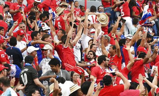 Thua thảm ĐT Anh, Panama vẫn ăn mừng như vô địch 8