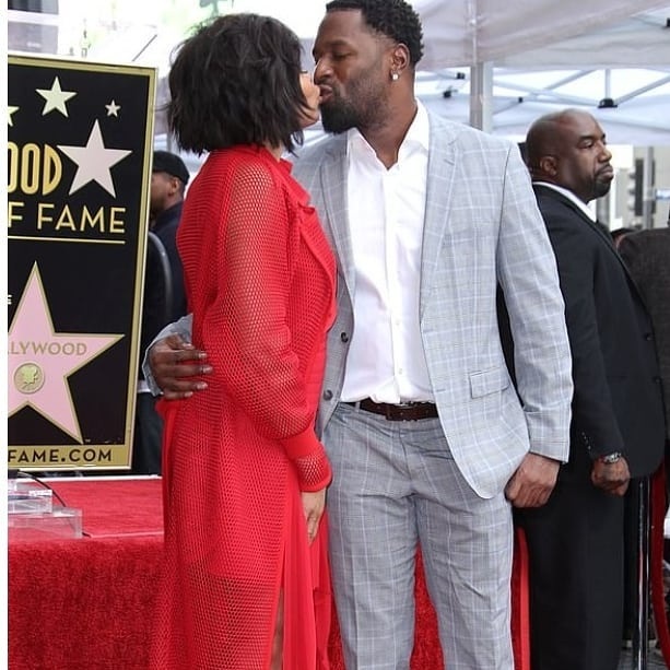 Hollywood Actress, Taraji P Henson, Breaks Down In Tears On Hollywood Walk Of Fame, She Shares Kisses With Her Fiance Kelvin Hayden.
