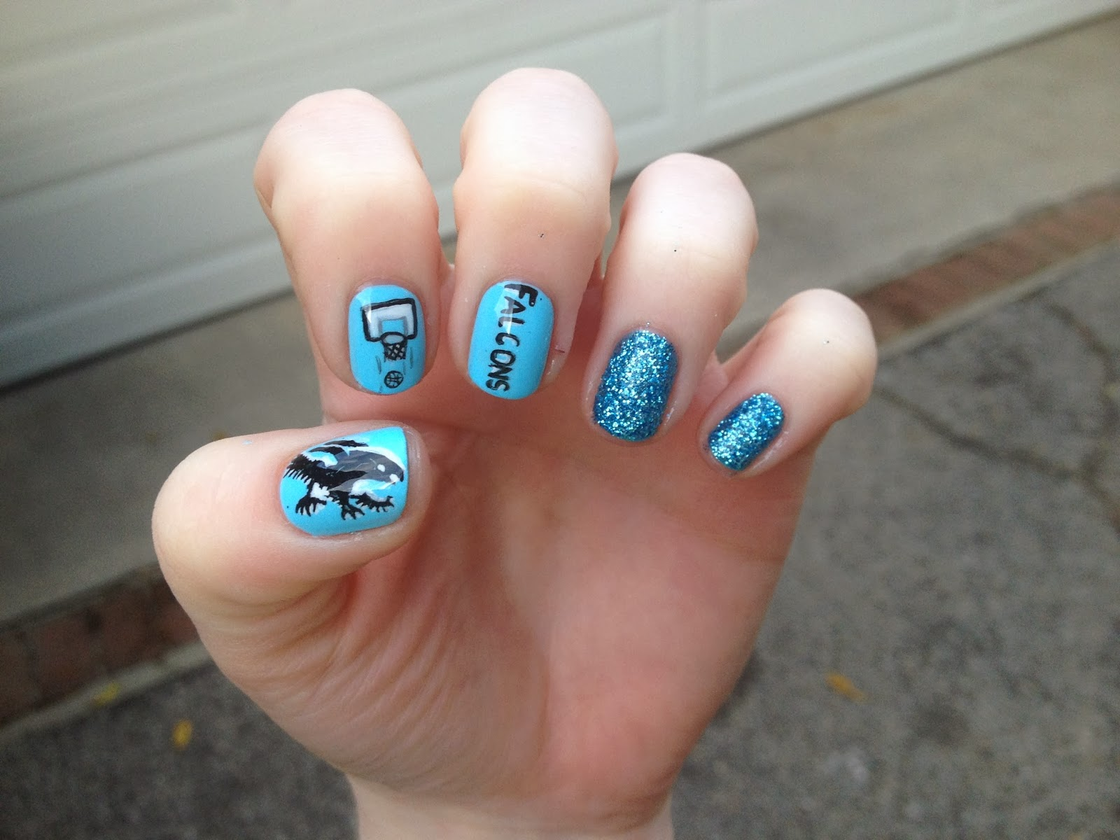 WeeklyWackyNails: Falcon Basketball nail art