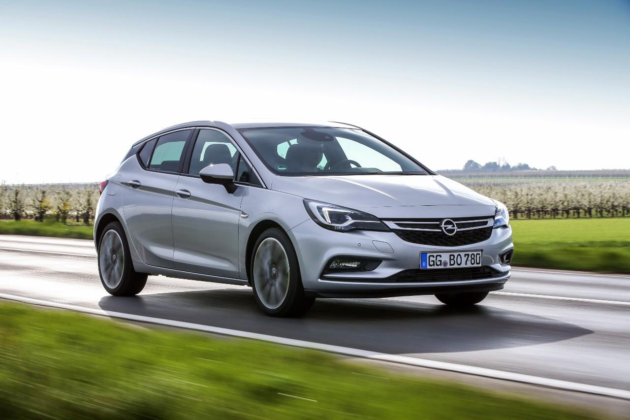 Νέο Opel Astra BiTurbo Hatchback: Πανίσχυρο με κινητήρα 1.6 BiTurbo CDTI και 118 kW/160 hp