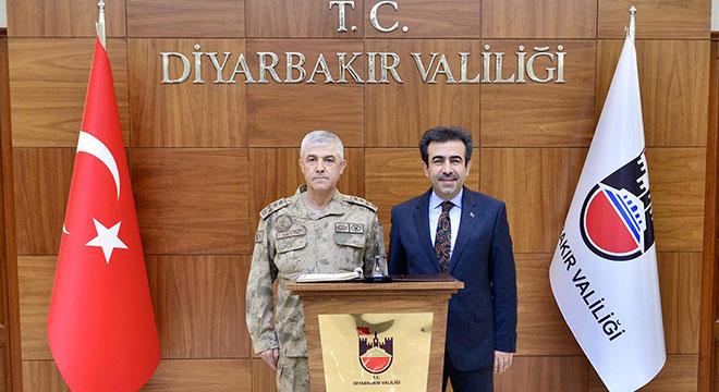 Jandarma Genel Komutanı Arif Çetin, Diyarbakır'da