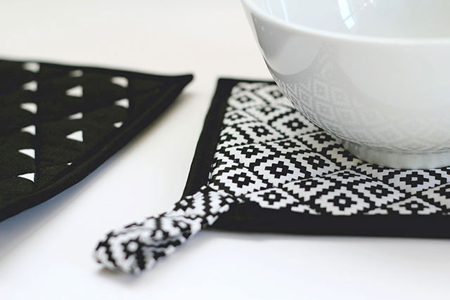 We Can Make Anything: diy pot holders