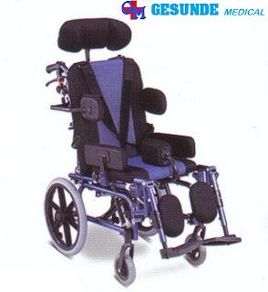 kursi roda anak cp