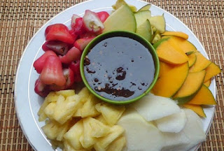 cara membuat rujak buah tanpa kacang