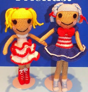 http://www.craftsy.com/pattern/crocheting/toy/free-lalaloopsy-inspired-doll-pattern/111877