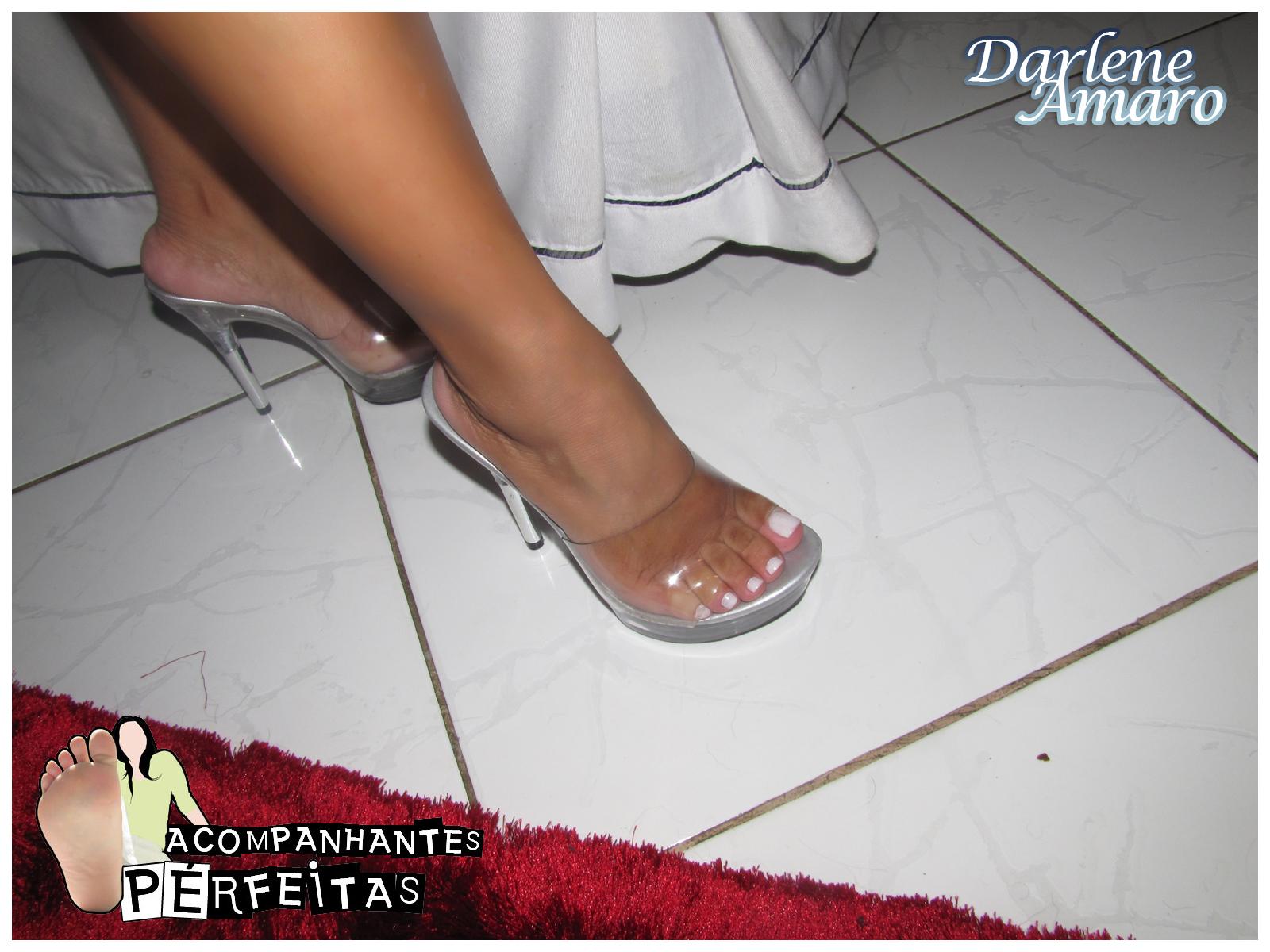 feet Darlene amaro