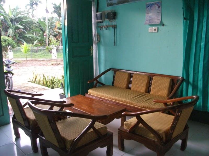 Ruang Tamu Rumah Asuh Yabni Padang