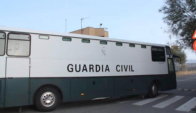 Furgón especial de la Guardia Civil para traslado de presos (Foto de Internet)