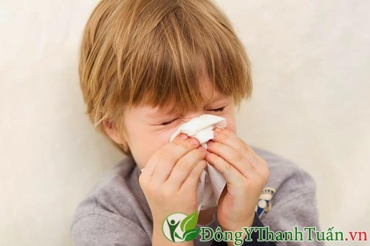 triệu chứng bệnh viêm xoang trẻ em