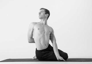 Bharadvajasana Yoga Pose