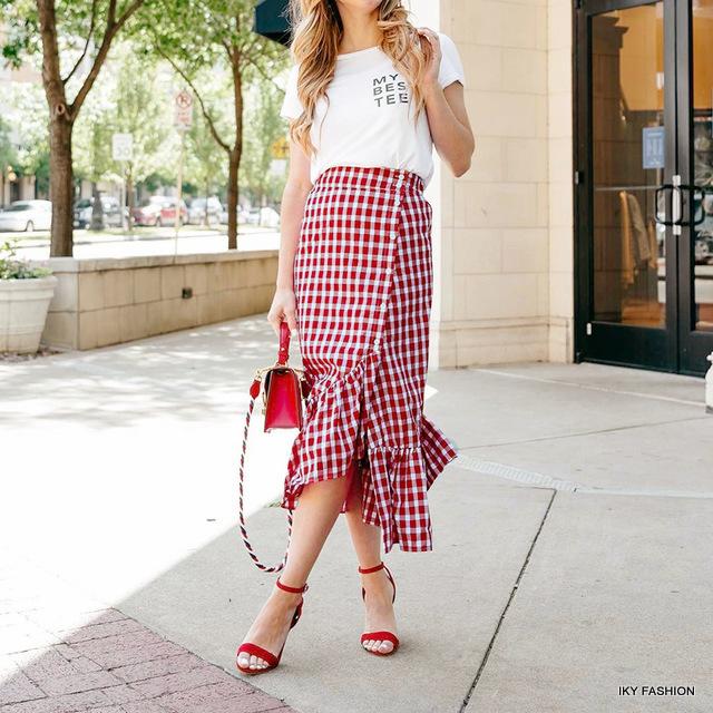 rok panjang dan pendek wanita remaja