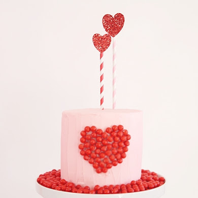 DIY Valentine's Day Sweet Heart Cake