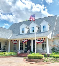Hooray for the Red, White, and Blue!  Independence Day at Eleven Gables!