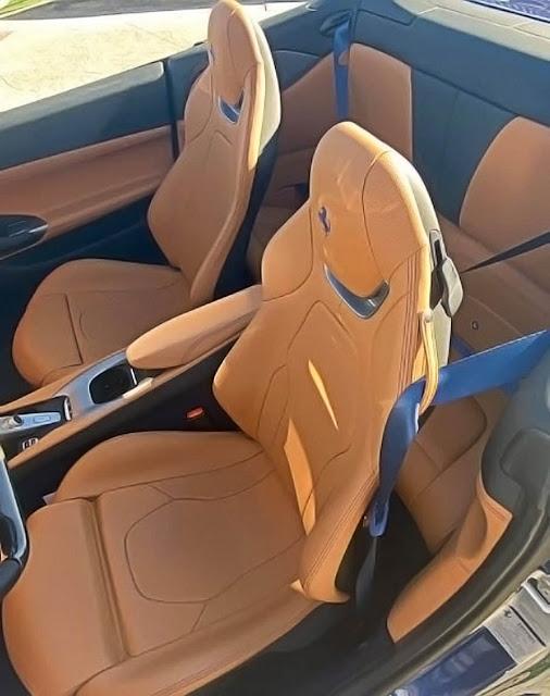 2019-ferrari-portofino-convertible-seats