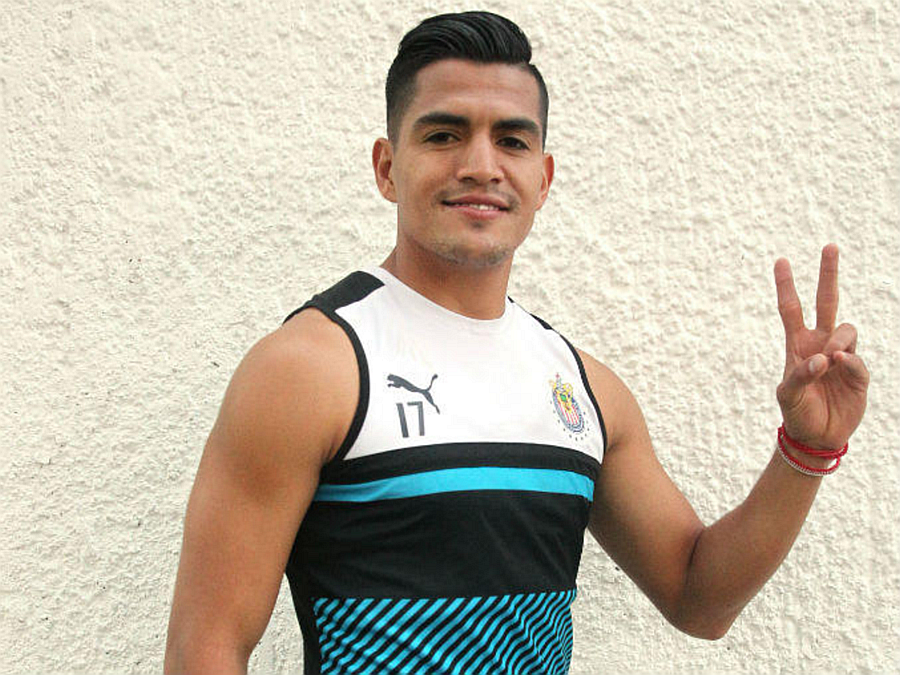 Jesús Sánchez se siente completo con sus logros futbolísticos y su debut como padre.