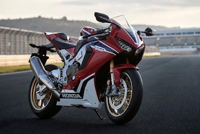 2017 Honda CBR1000RR Fireblade SP image