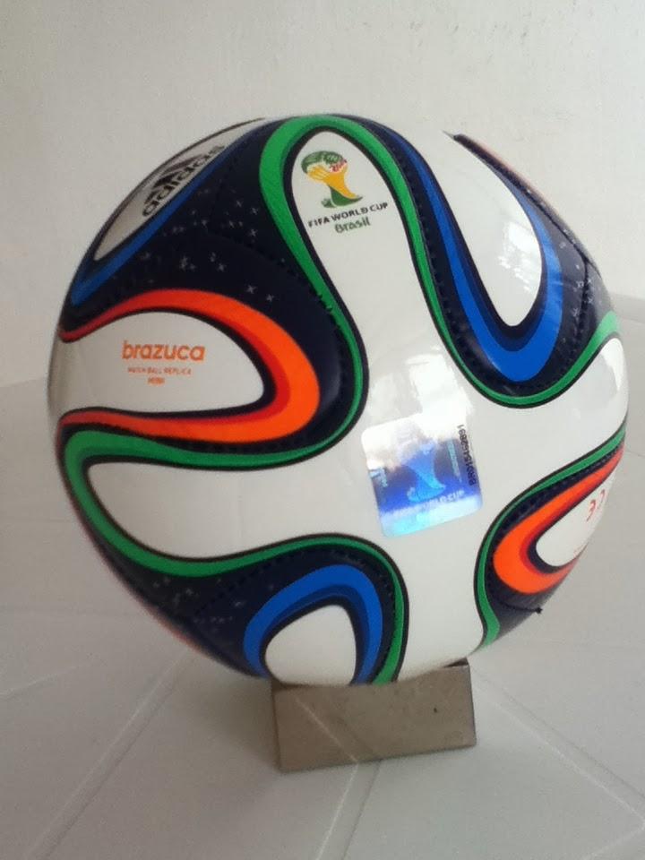 Coleccionistas de Futbol  Adidas Brazuca - Balón del Mundial de ... ccbd4f0f94827