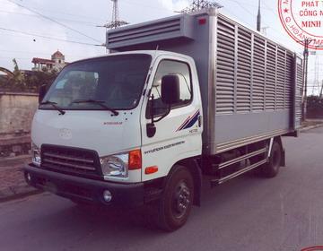 xe cho ga hyundai Hd700 dong vang