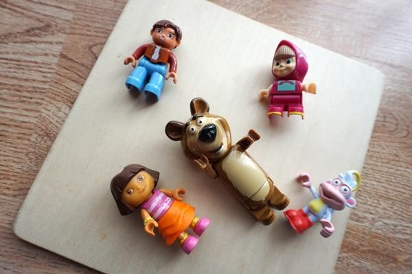 figurki, masza, dora, butek, niedźwiedź, lego