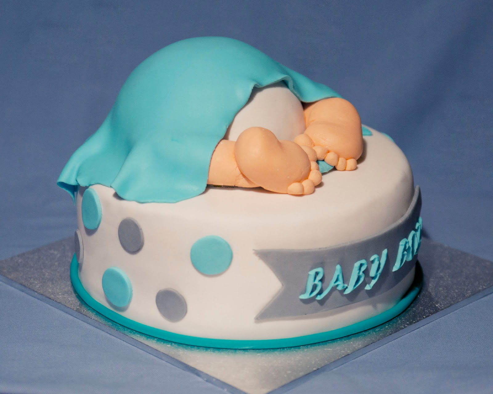 ab24095b7365 21 Perfect Baby Bottom Cakes for Baby Showers Stylish Eve