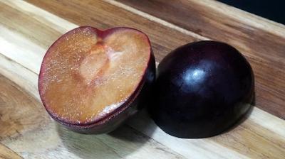 cara makan buah plum untuk diet