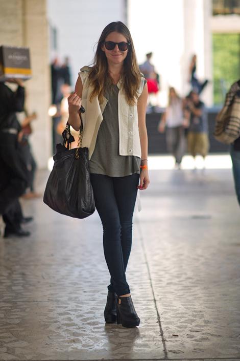 Sweet walking: NEW YORK FASHION WEEK OUTFITS