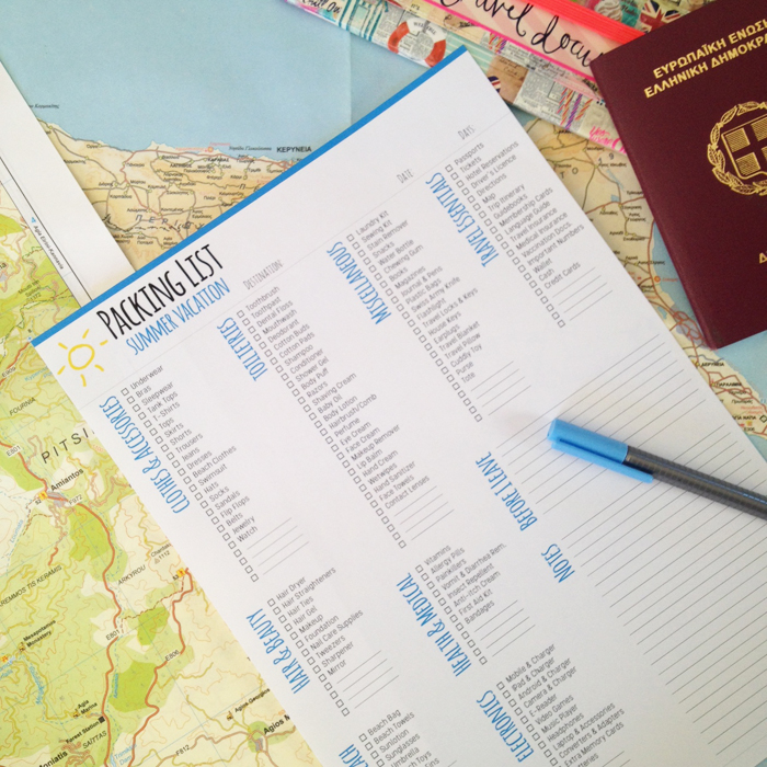 How to plan your holidays with your Bullet Journal. Packing Checklist and Trip Itineray Spreads plus FREE Packing List Printable. - christina77star.co.uk