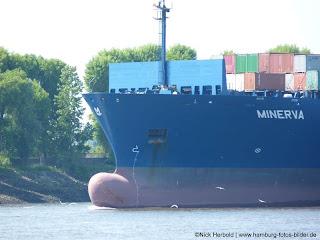 Frachtschiff Minerva
