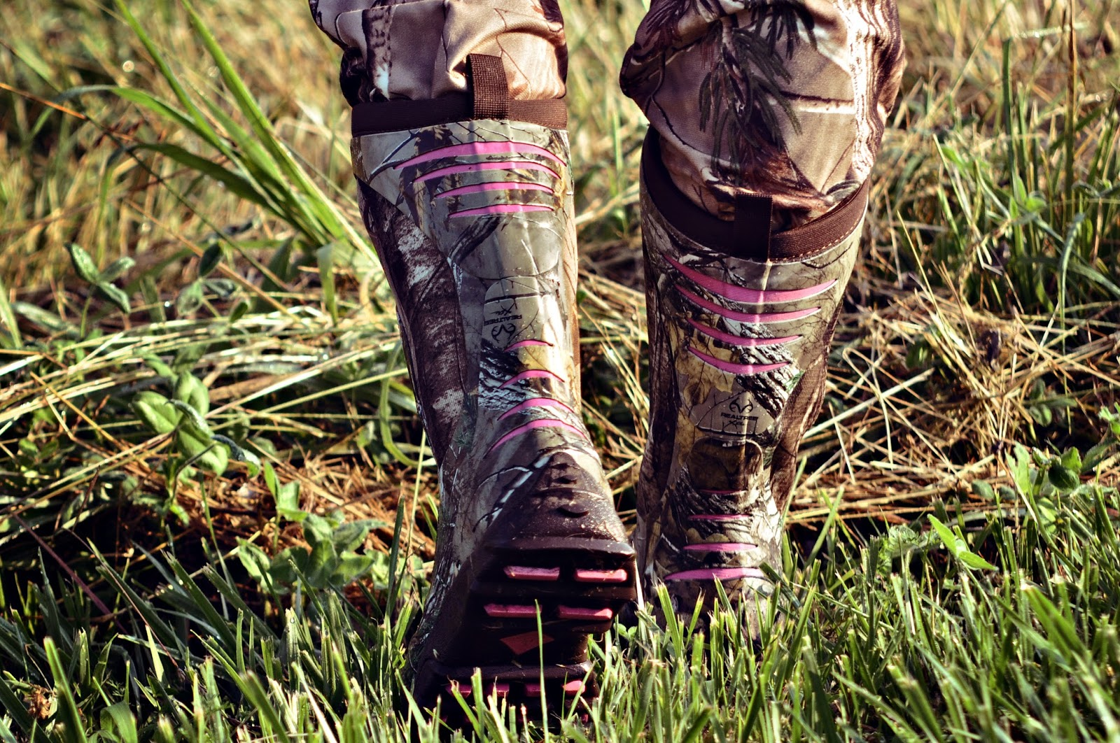 Huntress View: Muck Boot Company - Women's Pursuit Stealth Boots ...