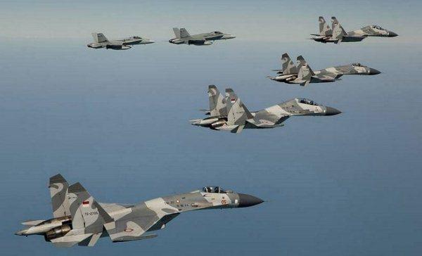 Dikawal F/A-18 Super Hornet Australia