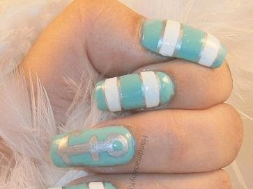 Guest Post: Handmade By Kyleigh's Silver Anchor Mani