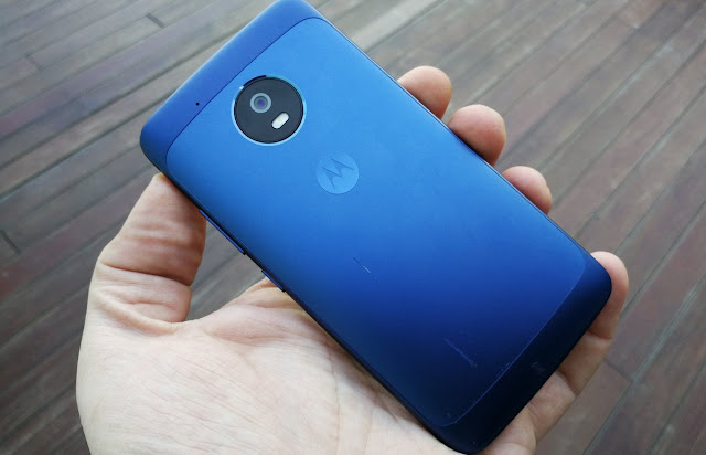 "The ""Really Blue"" Moto G5 looks Stunning"