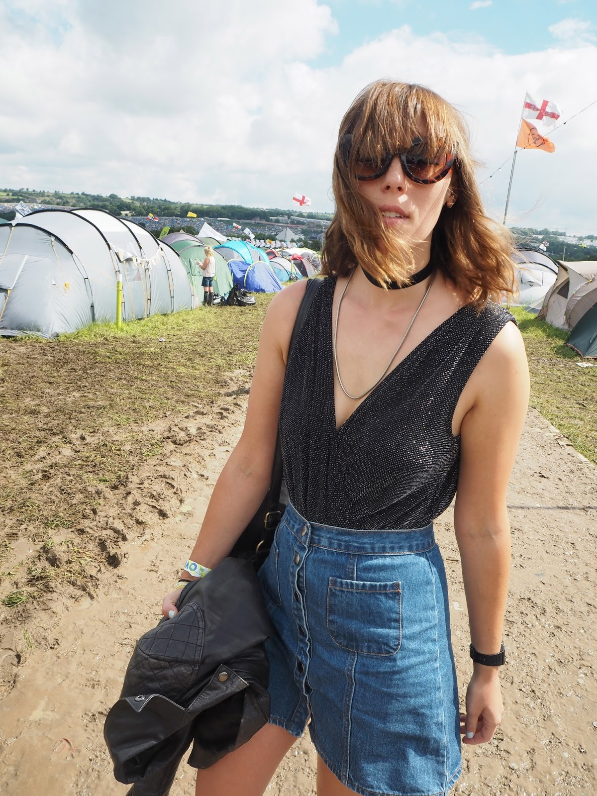 Sassy sixties festival outfit at Glastonbury 2016